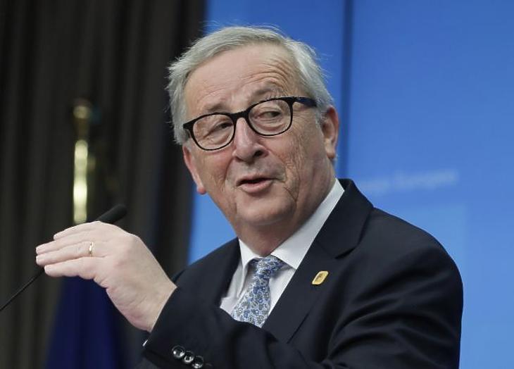 Juncker beolvasott Orbánnak, és tett egy meglepő kijelentést