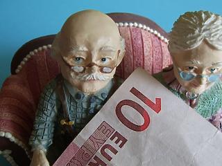 Ne az állami nyugdíjra várj: megint nagyot mentek a nyugdíjpénztárak