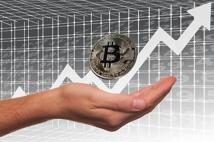 Bitcoin-áremelkedés (Pixabay.com)
