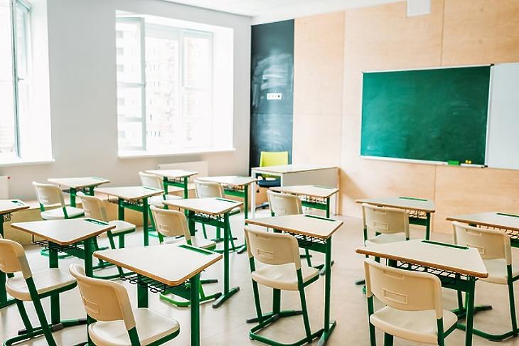 Mennyire érte meg leépíteni az oktatást? Hamarosan kiderül