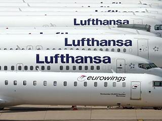 Alig közlekedik ma már repülő Európa felett
