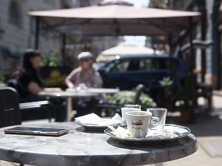 Közterületeket kaphatnak a budapesti vendéglátósok