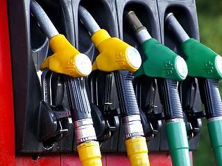 Szerdától 15-20 forinttal esik a benzin és a gázolaj ára
