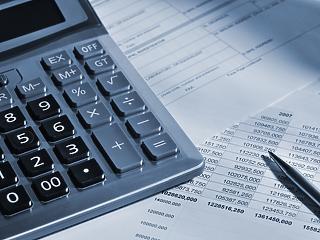 Kiszámolták, mennyibe kerülhet a hiteleseknek a kormány kiszivárgott ajándéka
