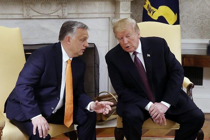 Megértik egymást: Orbán Viktor és Donald Trump a Fehér Házban 2019 májusában. (MTI/Koszticsák Szilárd)