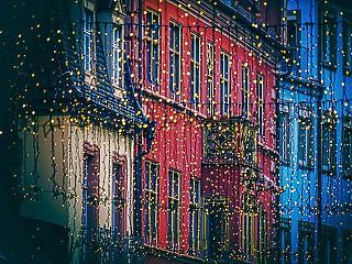 Vigyázat! Komoly bajt okozhatnak a karácsonyi fényfüzérek