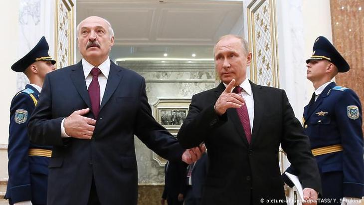 Nincs jele annak, hogy Putyin komolyan félne egy belarusz forgatókönyv megismétlődésétől a saját hazájában: Fotó: DPA/TASZSZ