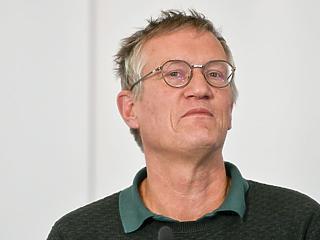 Megvédte a különutas modellt a svéd járványügyi vezető