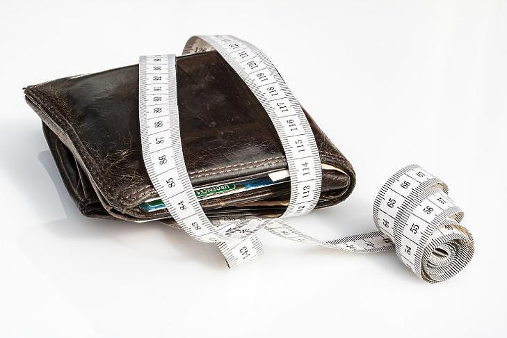 Nem tudni, mennyre hízik majd a tárcánk (Forrás: pixabay.com)