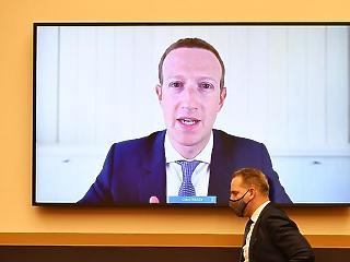 A kritikus koronavírus-híreket is blokkolta az ausztrálok elől a Facebook