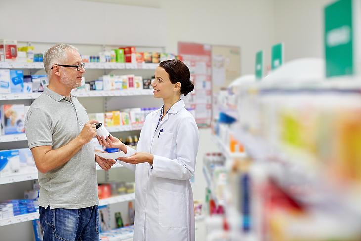 Eddig nemigen esett szó arról, hogy a gyógyszerészeket is ellenőrzik. Fotó: Depositphotos