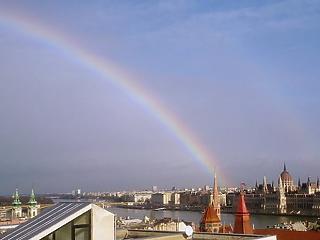 Heves esők és 25 fok – szeszélyes napok jönnek Magyarországon