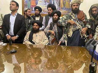 Nem ismerik el a tálib vezetést, de segélyt ad Afganisztánnak az USA