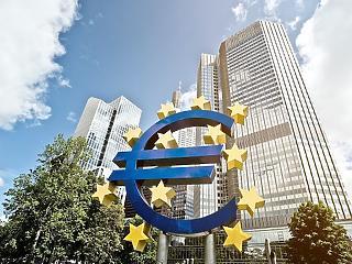 Draghi utolsó ülése: nem változtatott az irányadó kamaton az EKB