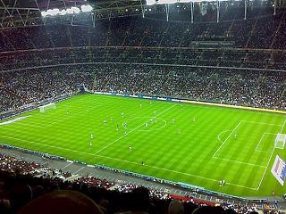 Derbik a Wembley-ben: belobbantja-e a járványt a foci Eb?