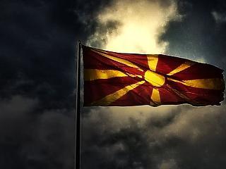 Kihajították a macedón kormány több tagját