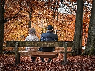 Alig tartanak a magyar nyugdíjasok a koronavírustól