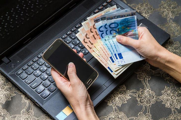 A szocialisták sem adnak céldátumot az euró bevezetésére (Fotó: Depositphotos)
