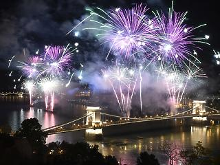 Óriási tűzijátékot akar a kormány Budapesten