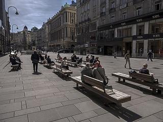 Masszív csökkenés: az osztrákok már kifelé mennek a vírusválságból