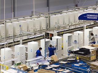 800 dolgozót tesz lapátra a jászberényi Electrolux