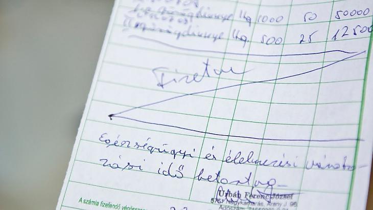 A kkv-k a kedvezményezettek (Fotó: MTI / Rosta Tibor)
