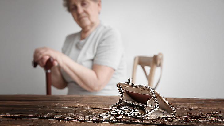 Történjék meg már áprilisban a nyugdíjkorrekció