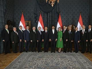 Itt az új Orbán-kormány – ők a miniszterek