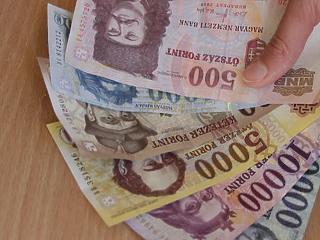 Tévhitek miatt hagyják veszni a pénzüket a magyarok - te mennyit buktál?
