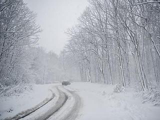 Hófúvás, durva mínuszok: kegyetlenül betört a tél az országba