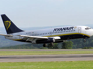 Lassan újraindul az európai légiközlekedés