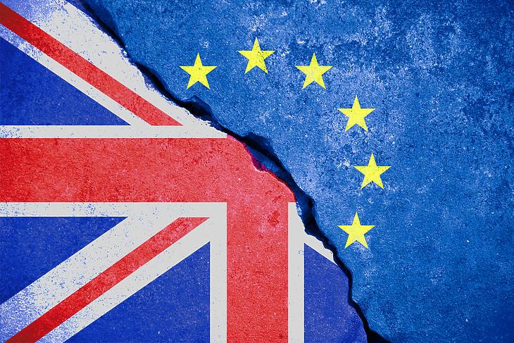 Megrendült biztonság - Európa útkeresése London távozása után