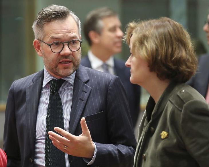 Megvonná Magyarországtól az uniós pénzeket a német államminiszter