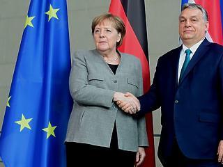 A nap képe: így fogadta Angela Merkel Orbán Viktort