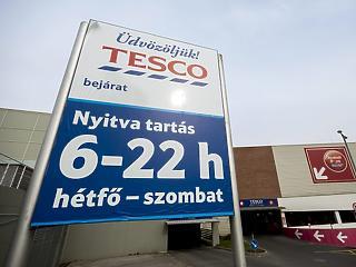 Orbán Viktortól kérik: újra zárjanak be a boltok vasárnap