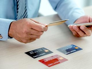 Tavaly egymillió kártyával elköltött forintból 174 forint kerülhetett csalók kezébe