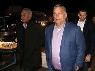 A nap képe: így ünnepelte a Vidit Orbán Viktor Görögországban