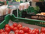 Nem ezt várták: visszaesett a magyar élelmiszerek aránya a boltokban