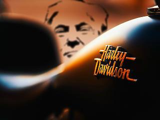 Csúnya hátbaszúrás: elárulta Trumpot a Harley-Davidson?