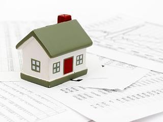 Senki sem akar már kockáztatni: eltűnőben a változó kamatozású lakáshitelek
