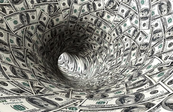 Egy igen gazdag nő elbukta vagyona felét