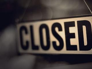 Átment a törvény: bezárnak a boltok vasárnap