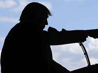 Fasiszta-kommunista összecsapássá válhat a jövő évi amerikai elnökválasztás