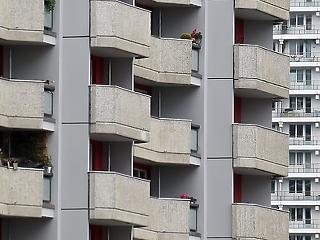 Besatuzott a lakáspiac