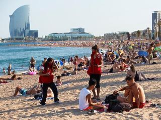Spanyolország megnyílt a beoltott turisták előtt
