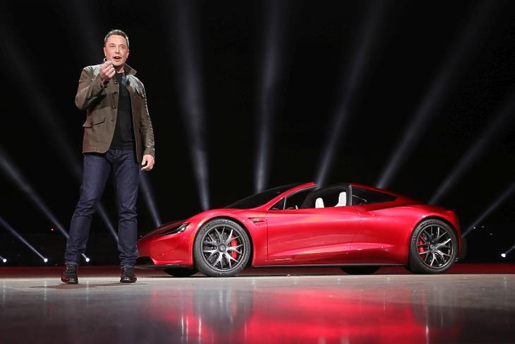 Valami nem stimmel: meggondolta magát a Tesla-vezér?