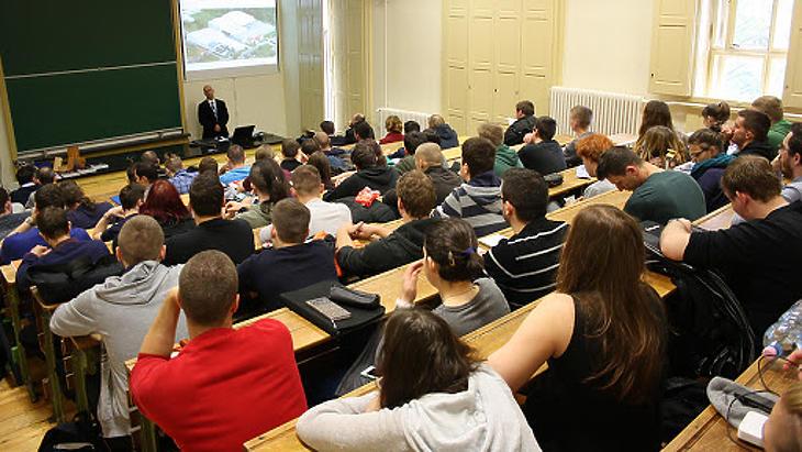 Előadás a Soproni Egyetemen. Fotó: Soproni Egyetem
