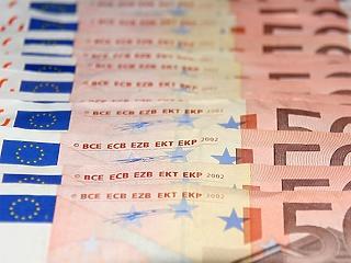 Itt a hazai gyorsjelentés-dömping, sáv tetejénél az euró/forint