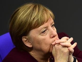 Pánik Merkel köreiben – vizsgálat a sötét külföldi kapcsolatok ügyében