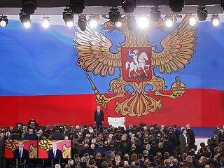 Ez már hidegháború: Putyin bejelentette a legyőzhetetlen orosz atomfegyvert